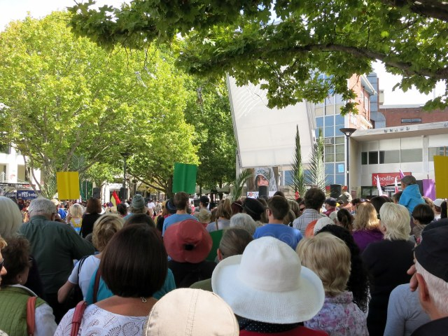 Palm_Sunday_Rally_for_Refugees_in_Canberra_March_2015